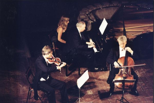 2001. Trio Guarneri